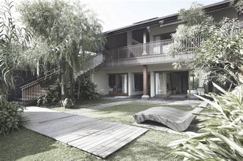 Ferry Ridwan by Project Ametis Villa Desain Arsitek Oleh Antony Liu