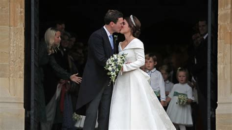 Princess Eugenie Royal Wedding Dress