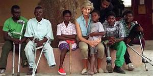 Princess Diana's Charity Work, Explained - 9 Causes ...