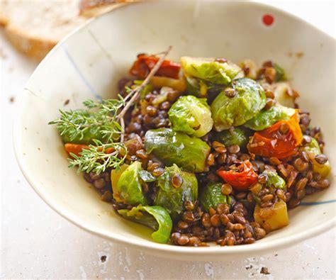 cuisiner des choux de bruxelle plat équilibré lentilles aux choux de bruxelles et aux