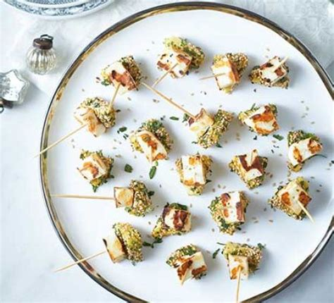 canapé 2places cheese pineapple canapés recipe food