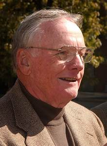 Neil Armstrong gives papers to Purdue Libraries