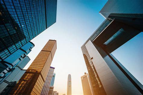 companies  reduce internal  external business risk