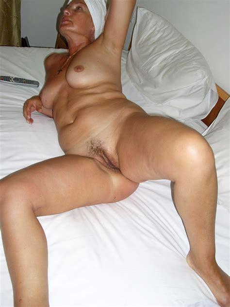 Hot MILF Naked At HomeMoviesTube Com