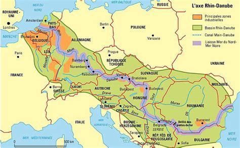 Carte Fleuve Rhin by L Axe Rhin Danube Par Philippe Rekacewicz Le Monde