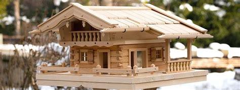 bauanleitung vogelhaus im blockhausstil kostenlos ideen