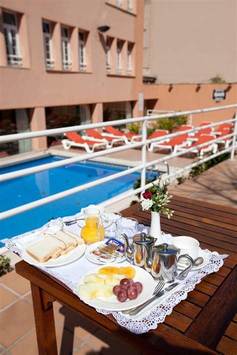 Hotel Armadams, Palma De Mallorca (mallorca)  Atrapalom. Romantikhotel Platte. Water Way Hotel. Grand Hotel. Indulge Apartments Eighth. Saraichik Hotel. Dolomiten Residenz Sporthotel Sillian. JW Marriott Hotel. Patios De Lerma Hotel