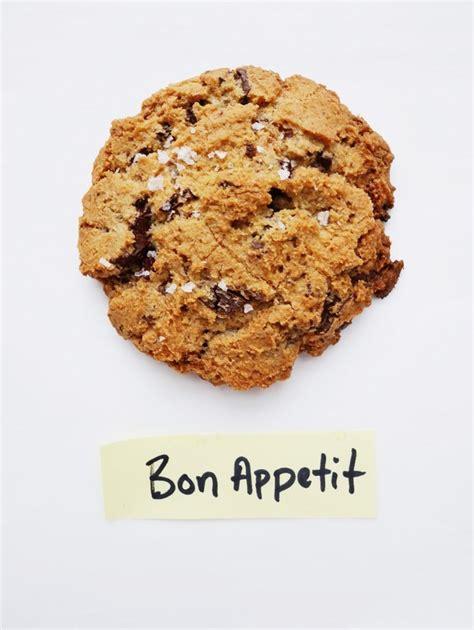 held  chocolate chip cookie taste  thon foodgazm