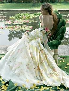 Beautiful garden wedding dresses sang maestro for Wedding dresses for garden weddings