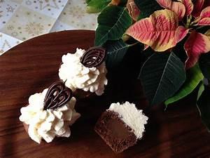 Cupcakes Mit Füllung : domino cupcakes vegane naschkatzen ~ Eleganceandgraceweddings.com Haus und Dekorationen