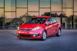 Rio Autos : 2016 kia rio review ratings specs prices and photos the car connection ~ Gottalentnigeria.com Avis de Voitures