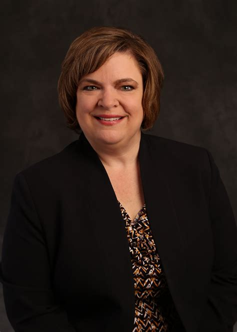 theresa trivette  named chief nursing officer
