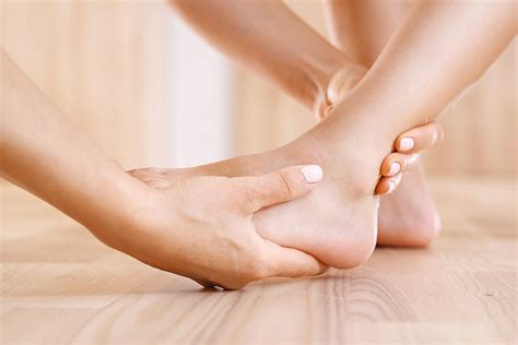 4 in each foot, each with 2 heads o: Plantar Fasciitis / Foot Cramps - Back To Normal