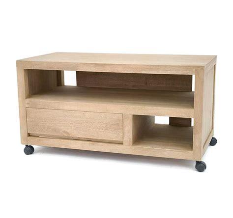 tapis pour cuisine original meuble tv vidéo sur roulettes calveth 5397