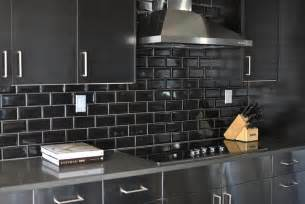 black glass backsplash kitchen stainless steel cooktop backsplash design ideas