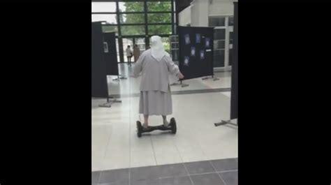 pr駸ident de bureau de vote sœur fabienne une religieuse de 77 ans se rend 224