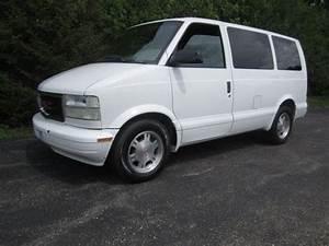 Find Used 2004 Gmc Safari Awd Astro 4 3l V6 Auto A  C Rear