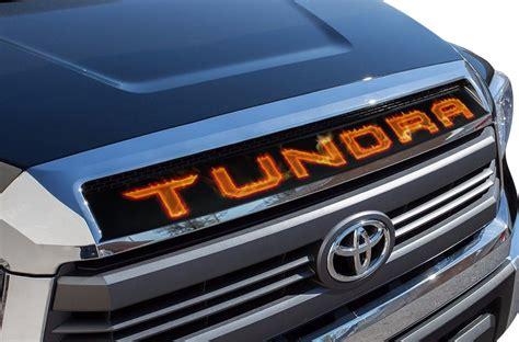toyota tundra   vinyl graphics  grill