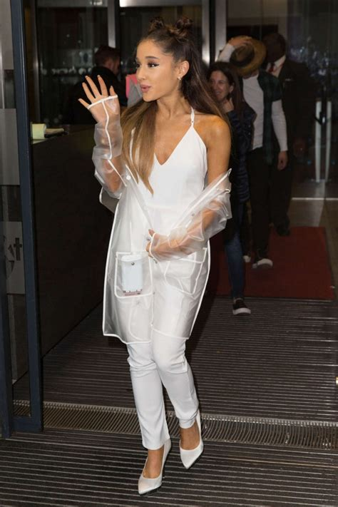 Ariana-Grande–Leaving-BBC-Radio-1-Studios-nasty-gal-2 ...