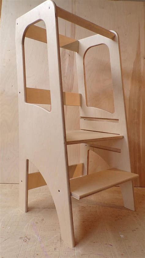 classic learning  montessori observation tower