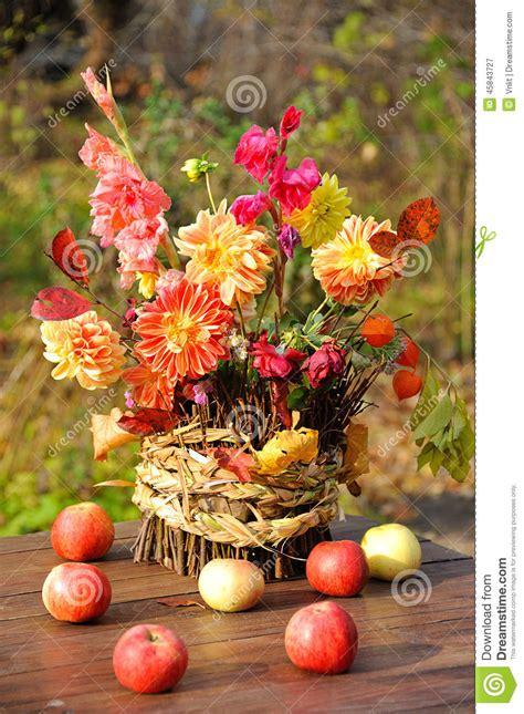 Bouquet Des Fleurs D'automne Image Stock