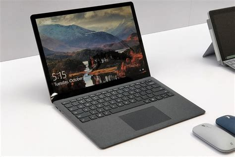 hands    microsoft surface laptop