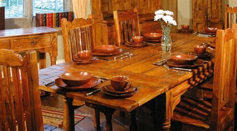 mesas de madera un acento r 250 stico para el comedor