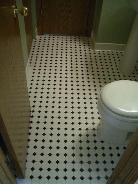 Bathroom Vinyl Flooring Ideas by 30 Magnificent Pictures Bathroom Flooring Laminate Tile