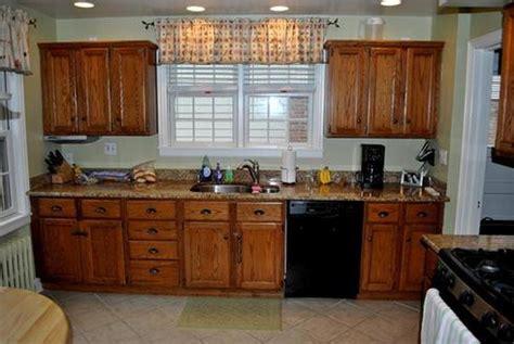 peinturer armoire de cuisine en bois comment actualiser sa cuisine à peu de frais