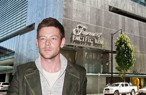 cory monteith  year anniversary  death  glee