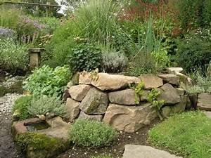 Steingarten Bilder Beispiele : steingarten gestalten ideen beispiele naturnaher garten trockenmauer garten pinterest ~ Whattoseeinmadrid.com Haus und Dekorationen