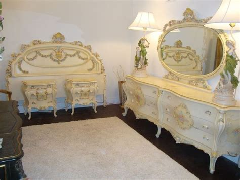 466 Best Images About Italian & Hand Painted Furniture On