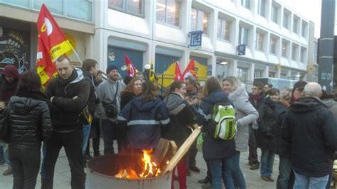 bureau de poste rennes rennes la grève des postiers s 39 étend selon sud ptt