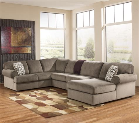 Sofa Sectionals With Chaise by Casual Sectional Sofa With Right Chaise By Signature