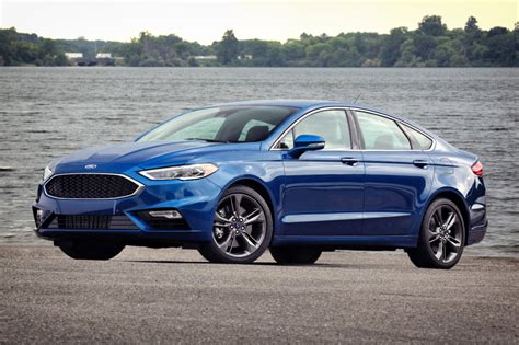 2017 Ford Fusion Styling Review