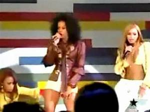 Michelle Williams Was Slammed 4 Falling Down On Stage, She ...