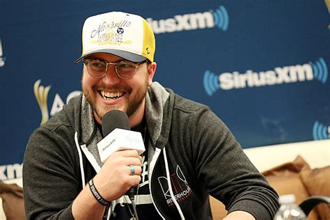 Mitchell Tenpenny Is 'telling All My Secrets' With Sultry
