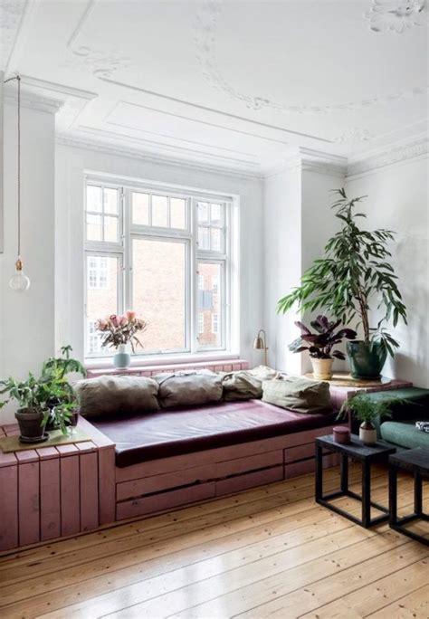 fensterbank zum sitzen bauen 15 best fensterbank images on erkerfenster fenster und fenstersitze