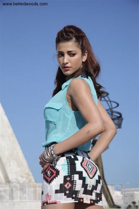 shruthi hassan hot curves after seeing those pix i want