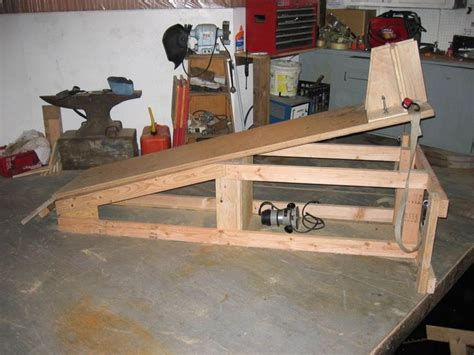 I have a homemade but it was a lift table turned into a bike lift. 138 best images about Gearhead: Tools/Homemade Tools ...