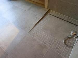 Barrierefreie Dusche Fliesen : barrierefreie dusche badezimmer fliesen pinterest ~ Michelbontemps.com Haus und Dekorationen