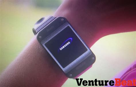 android gear samsung galaxy gear android smartwatch look