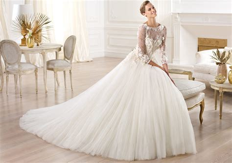 Wedding Dresses With Sleeves : 25 Marvelous Lace Wedding Dresses With Sleeves Ideas