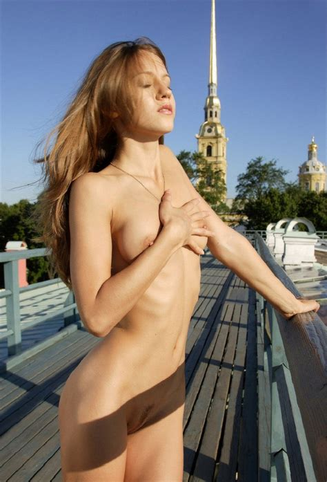 Beautiful Skinny Girl Posing Naked Outdoors On The Roof