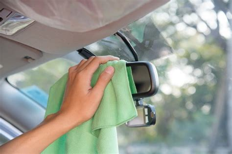 Handy Guide to Car Cleaning Yourself - London Cleaning