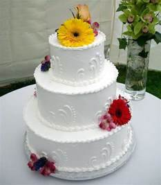 Easy Wedding Cake Decorating Idea Wedding Bridal Simple Cake Decorating For A Birthday Cake Of Your Loved Ones
