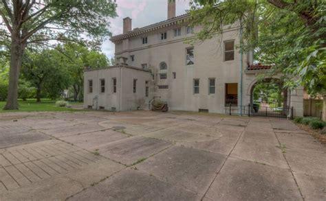 washington terrace  historic mansion  saint louis mo