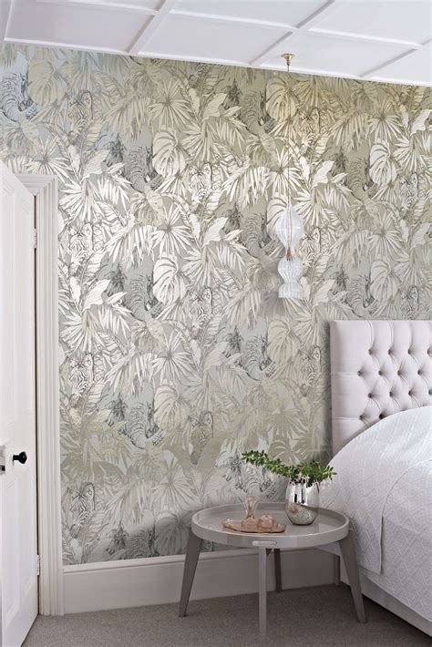 wallpaper trends   stunning examples  metallic
