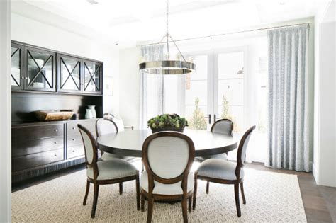 Stunning Decorating Ideas To Style A Round Dining Room