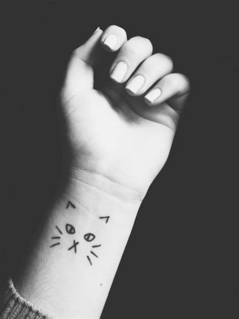 60 Most Beautiful And Breathtaking Small Wrist Tattoos Design Ideas To Make You Jealous